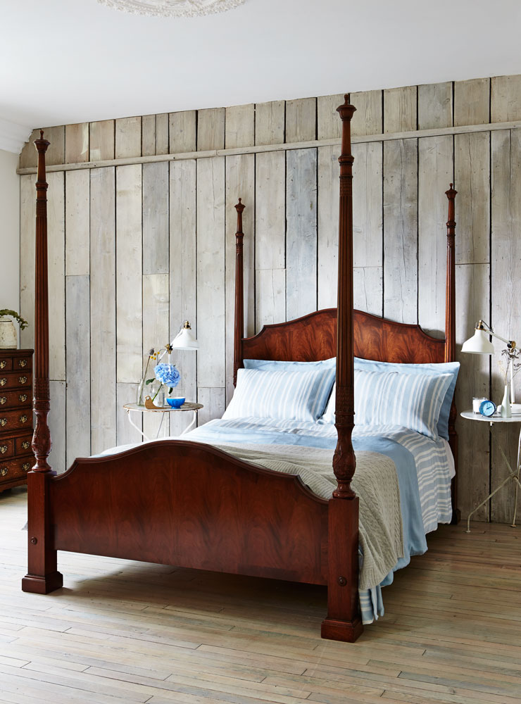 Mahogany 4 Poster Bed Titchmarsh Goodwin Iphone Wallpapers Free Beautiful  HD Wallpapers, Images Over 1000+ [getprihce.gq]