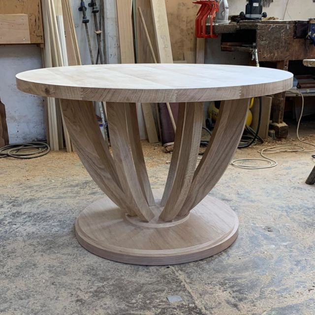 Morning! Loving this oak centre table. I think we will have to do a few more of these. . . . #centertable #circulartable #roundtable #oaktable #interiordesign #handmade #customdesign #bespokedesign #furnitiredesign #oakfurniture #madeinbritain #ipswich #suffolk