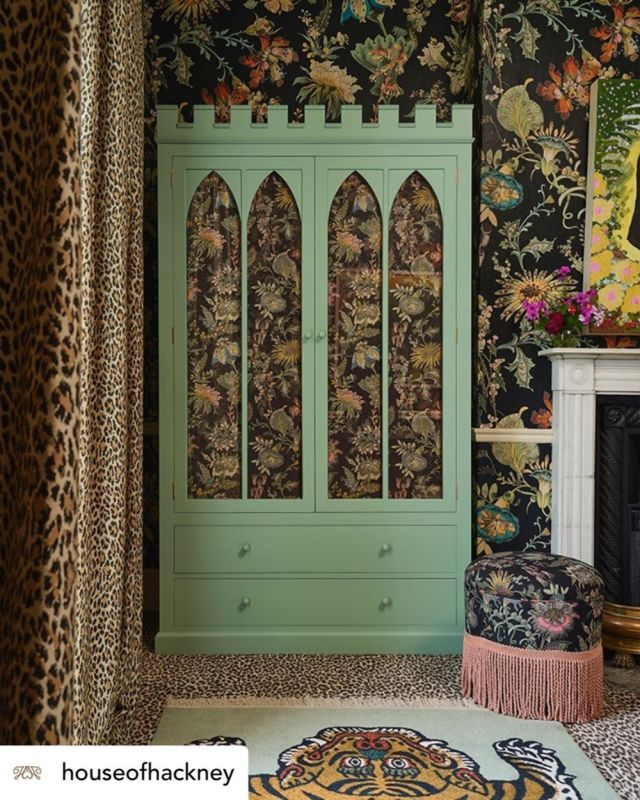 @houseofhackney A good night's sleep is the ultimate luxury… but a beautiful bedroom comes a close second.  For proof, see the 'Wild Card' Room at Hotel Trematonia: from the castle-inspired turreted wardrobe (handcrafted by @titchmarshandgoodwin, the masters of bespoke wooden furniture) to the four-poster bed, draped in the finest linens (made by our bedfellows in British craftsmanship, @peterreedint), every detail has been carefully considered to create the bedroom of your dreams. And that's all without mentioning the peace and quiet that comes with our location in the Cornish countryside…  Follow the link in bio to book your stay in the 'Wild Card' Room this summer.